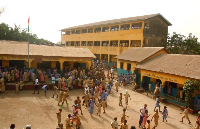 Escuela 'Mohamed Barry'