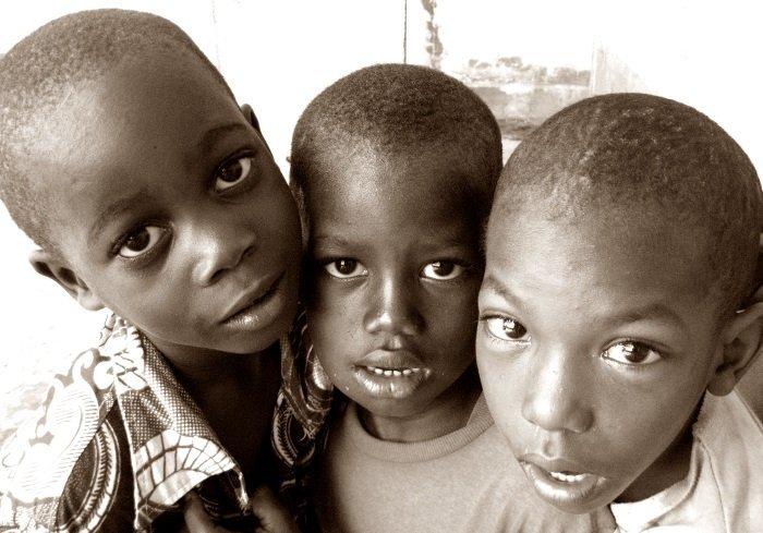 enfants niños Conakry Guinee